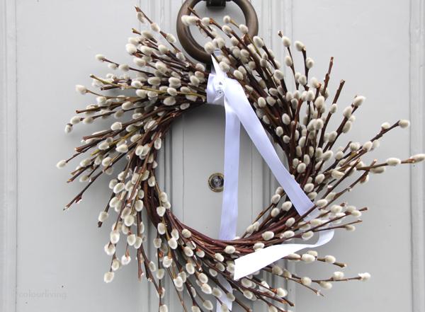 wreaths white buds