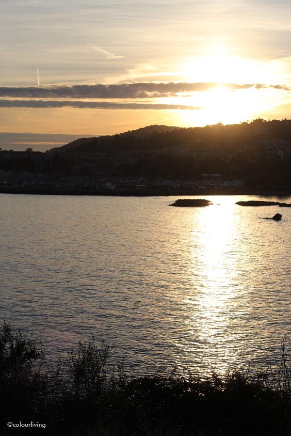 a sunset in la côte d'azur
